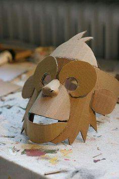 Masker maken van karton                                                                                                                                                                                 Mehr