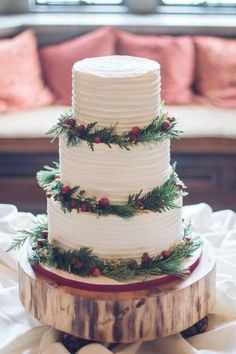 Sophisticated Yuletide Wedding at Barista Parlor, Tennessee - Decedent looking white tiered cake with holly berries and foliage on wood round Christmas cake - Beautiful Wedding Cakes, Perfect Wedding, Dream Wedding, Wedding Fun, Holiday Wedding Ideas, Wedding Songs, Purple Wedding, Gold Wedding, Christmas Wedding Cakes