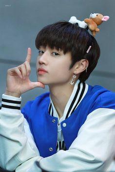 Bbs, the boyz Kim Sun, Fandom, Seungri, Kpop Boy, Youngjae, Handsome Boys, Webtoon, Beautiful Boys, Boy Groups