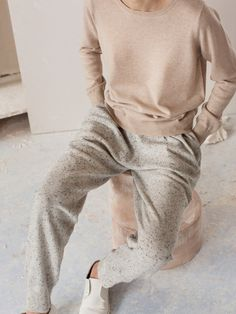 Arela seasonal collections. Simple everyday basics. Cashmere, merino and cotton.