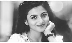⚫️⚪️ #anandhi#2k18#blackandwhite Hd Photos, Cover Photos, Indian Actresses, Actors & Actresses, Facebook Profile Picture, Photoshoot, Celebrities, Image, Beautiful