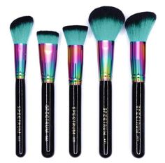 Create gorgeously contoured lookswith the Sculpt Set in our Siren colour way. This set of 5containsour best selling and favourite face brushes, use the Flat