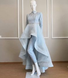Fancy Designer Up-Down Dress - Kleider - Indian Designer Outfits, Indian Outfits, Designer Dresses, Pakistani Dress Design, Pakistani Dresses, Stylish Dresses, Fashion Dresses, Casual Dresses, Vestidos Para Baby Shower