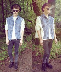 raynfromthesky.blogspot.com  Colours Of The World Denim Waistcoat, Asos Cable Knit Jumper, H&M Acid Wash Jeans, Underground Creepers, Bowler Hat, Tortoise Sunglasses