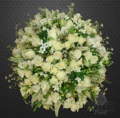 Loose Posy White www.azaleaflowers.co.uk