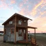 Texas Tiny House! Using salvaged materials!!