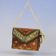 Amazing page for tutorials of mini handbags and mini purses