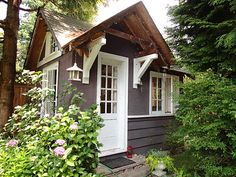 petit cottage anglais | Garden Cottages and Small Sheds for Your Outdoor Space