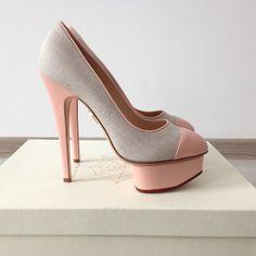 Pink... <3 <3 ADD diy www.customweddingprintables.com