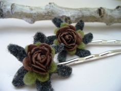 Check out this item in my Etsy shop https://www.etsy.com/listing/63139607/rustic-bobby-pins-felt-flowers-grey