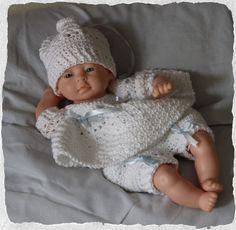 crochet - bébé bonheur corolle - blanc:bleu