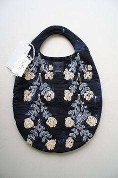 To know more about mina perhonen twins egg bag navy, visit Sumally, a social network that gathers together all the wanted things in the world! Featuring over other mina perhonen items too! Shabby Look, Embroidery Bags, Fabric Bags, Summer Bags, Handmade Bags, Beautiful Bags, Mini Bag, Fashion Bags, Purses And Bags