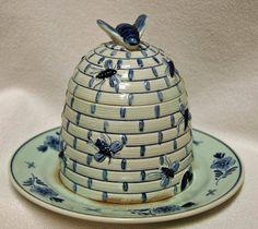 Antique ROYAL DELFT Blue Holland HONEY Pot Jar - Bees   eBay  bee skep
