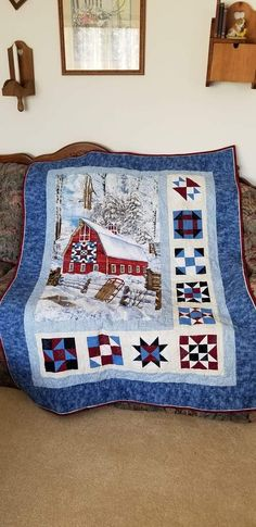 House Under Snow Quilt Blanket - Azcozy Quilt Baby, Colchas Quilt, Quilt Border, Quilt Blocks, Christmas Quilt Patterns, Quilt Block Patterns, Christmas Quilting, Small Quilts, Mini Quilts