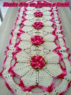 Trilho de Mesa com flor Camélia: