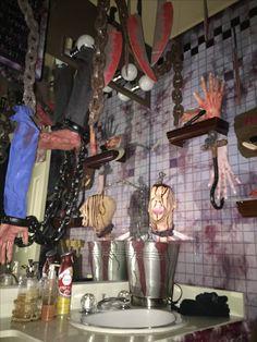 Magalie Sarnataro's props Chop shop bathroom: vinyl and other props , cardboard cutouts Bathroom 2015 Halloween 2015, Halloween Ideas, Halloween Decorations, Trick Or Treat, Creepy, Bathroom Vinyl, Thanksgiving, Holiday, Diy