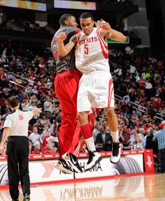 Courtney Lee and Marcus Morris celebrate a big bucket