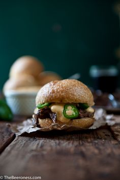 Porter Braised Beef Short Ribs Sandwiches with Jalapeño Beer Cheese Sauce #beer #recipe #tailgating
