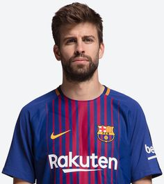 All the information on Messi, Coutinho, Suárez, Gerard Piqué and the rest of the Barça football first team Fc Barcelona, Pique Barcelona, Best Football Players, World Football, Soccer Players, Messi And Neymar, Messi And Ronaldo, Gerad Pique, Soccer Updates