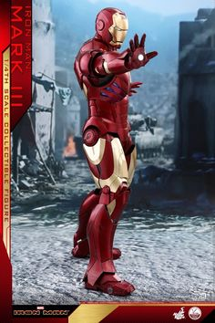 Iron Man – 1/4th Scale Mark III Collectible Figure Coming Soon     DisKingdom.com   Disney   Marvel   Star Wars - Merchandise News First Iron Man, New Iron Man, Iron Man Suit, Iron Man Armor, Hot Toys Iron Man, Iron Men 1, Star Wars Merchandise, Shoulder Armor, Disney Marvel