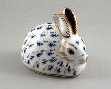 Royal Crown Derby Imari Paperweight Gold Button Blue Rabbit + Box g3