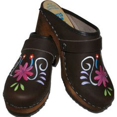 Brown Oil High Heal Dinah, your choice of snap-strap, Tessa Clog