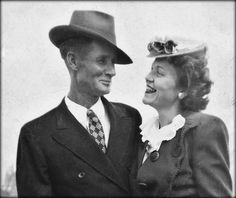 the look of love 1940s photo