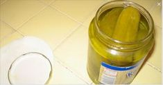 All people around the world, including me, usually throw away the pickle juice when they are done eating all the pickles from the pickle jar. Well, some people toss this pickle juice down the toilet, Pickle Juice Benefits, Pickle Juice Uses, Juicing Benefits, Health Benefits, Natural Home Remedies, Natural Healing, Drinking Pickle Juice, Acquired Taste, Cucumber Recipes
