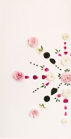 DIY Fresh Floral Mandala Backdrop