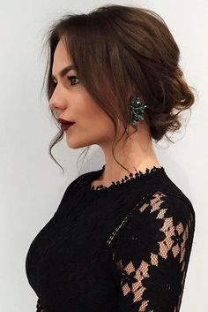 Incredible Elegant Romantic Updo with Dark Brown Luxy Hair Extensions on the beautiful My Secret Avenue. Click through for a similar tutorial. The post Elegant Romantic Updo with Dark . Up Dos For Medium Hair, Medium Hair Styles, Curly Hair Styles, Casual Updos For Medium Hair, Hairstyle For Medium Length Hair, Medium Length Updo, Short Hair Bridal Styles, Updos For Thin Hair, Medium Length Bridal Hair