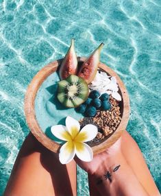 Oahu - Beaches, Hikes & Excursions in the Heart of Hawaii - summertime - Vegan Beach Aesthetic, Summer Aesthetic, Aesthetic Food, Blue Aesthetic, Summer Vibes, Summer Feeling, Summer Beach, Beach Tan, Summer Loving