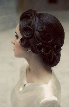 I've already pinned this to my other board. This hair style will definitely go along with my fiancee and my own 50's attire.