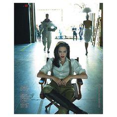 Angelina Jolie says looks dont matter if youre not intelligent in blunt new interview Trade Secret, Ralph Lauren Collection, Elle Magazine, Maleficent, Celebrity Hairstyles, Angelina Jolie, Digital, Paper, Celebrities