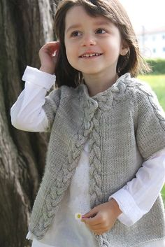 29 trendy Ideas for crochet baby girl layette ravelry Baby Vest, Baby Cardigan, Crochet Cardigan, Knitting For Kids, Baby Knitting Patterns, Baby Patterns, Crochet Patterns, Cardigan Pattern, Sweater Patterns