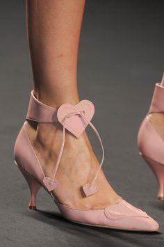 wink-smile-pout:    Shoes at Anna Sui Spring 2013