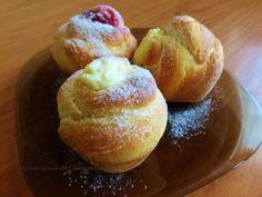 Raspberrybrunette: Plnené muffiny z kysnutého cesta   Minule som našl...
