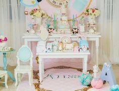 Alisa's Wonderland  - Alice In Wonderland