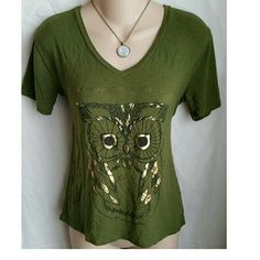 Moss green owl vneck Hilo hilow ombre top shirt Bundle for discounts!  Ombre stretchy owl top. Hilow style. Bust approx 38 inches. Length 21 - 24 inches. Necklace available in a separate listing.   #ashleisgoodies #green #moss #mossgreen #armygreen #camo #camogreen #earthy #earthtoned #naturechic #natural #owl #ombre #top #shirt #tshirt #tee #casual #blouse Fifth Sun Tops Tees - Short Sleeve