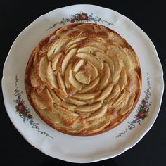 Le Gâteau aux Pommes et Mascarpone - Servane Tervé - Pint Apple Breakfast, Breakfast Cake, Cooking Time, Cooking Recipes, Mascarpone Cake, Apples And Cheese, English Food, Cake Recipes, Food And Drink