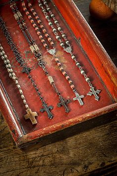 Handmade Vintage Rosaries - Mothology.com
