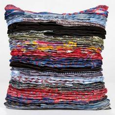 Tie Pillows, Tie Quilt, Quilt Art, Pillow Crafts, Tie Crafts, Quilting, Denim Ideas, Fabric Manipulation, Mini Quilts
