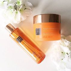 Find happiness in the smallest of things with our Touch of Happiness body cream and Fortune Shower Oil #myrituals #happiness #laughingbuddha (: @glamorousbeauty.nl)