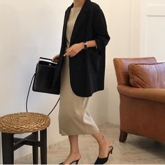 business mode damen Look at this Stylish summer korean fashion Minimal Fashion, Work Fashion, Modest Fashion, Fashion Outfits, Womens Fashion, Style Fashion, Girl Outfits, Business Outfit Damen, Business Outfits