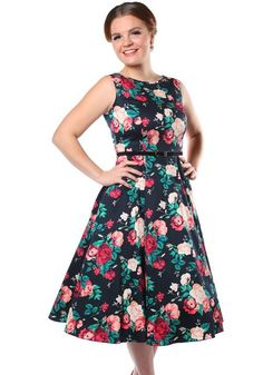 Winter Floral Hepburn, kellomekko - https://www.misswindyshop.com  #dress #black #floral #vintage #style #fifties #petticoat #hepburn