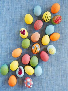 Naturally Gorgeous Easter Egg Dyes and Decorations