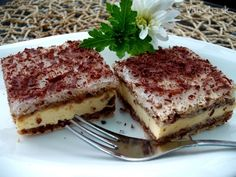 Upečte si tento víkend krémeš: 10 tipov ako na to - Magazín - Varecha. Slovak Recipes, Eastern European Recipes, Candy Cookies, Pavlova, Sweet Recipes, Food To Make, Sweet Tooth, Food And Drink, Cooking Recipes
