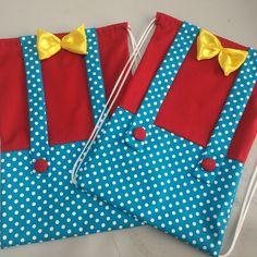 Tam 33x 23 Temas personalizados. Clown Party, Circus Carnival Party, Circus Theme Party, Circus Birthday, Baby Birthday, Birthday Party Themes, Circo Do Mickey, Magic Party, Sofia Party