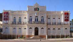 PORTO ALEGRE-RS, BRASIL. Prédio histórico da Beneficiência Portuguesa, hoje sede do Museu de História da Medicina do Rio Grande do Sul.