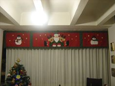 Aprende hacer cortinas navideñas Christmas Humor, Christmas Crafts, Merry Christmas, Christmas Valances, Felt Christmas Decorations, Holiday Decor, Felt Crafts, Happy Holidays, Projects To Try