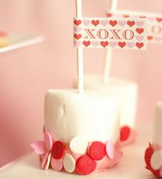 SUPER simple (and inexpensive!) Valentine treat... dipped marshmallows with Valentine flags!